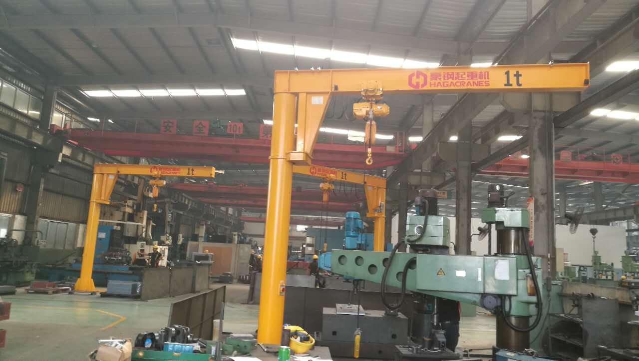 东毓(宁波)向豪钢起重机定购3台1吨悬臂吊