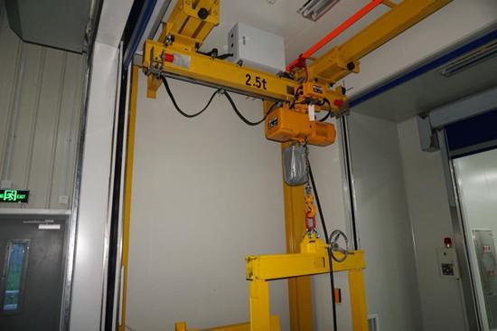 豪钢起重机为科佩(苏州)特种材料提供悬挂起重机一台