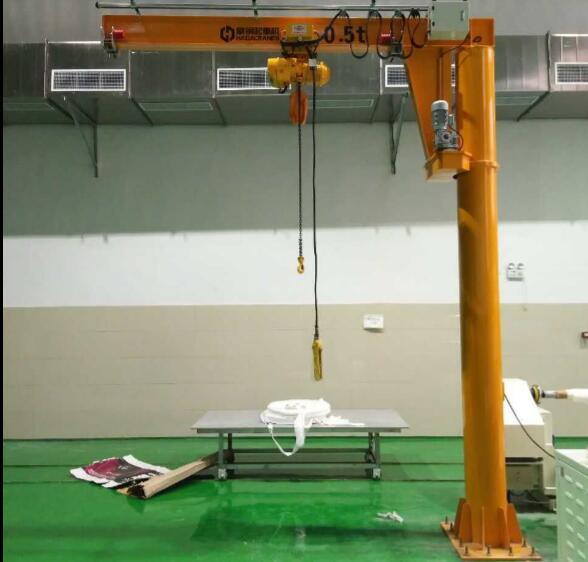 豪钢悬臂吊为微宏动力新能源汽车动力电池生产组装提供支持