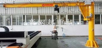 天津汽车模具公司定制的定柱式悬臂吊