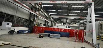 上海三菱电梯与豪钢合作半门式单梁起重机