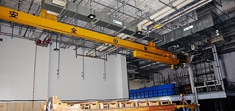 豪钢与上海迪士尼就悬挂伸缩起重机进行合作