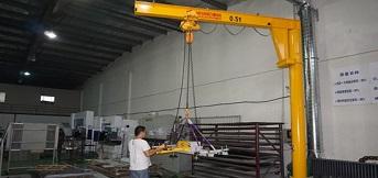 悬臂吊制作完成后对各种功能的试验检测