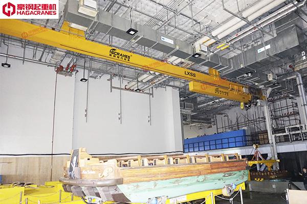 LXSS型伸缩梁悬挂起重机
